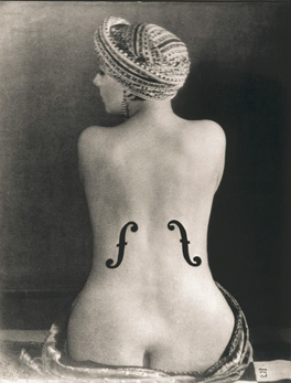 Le Violon d'ingres, by Man Ray, 1924. Museum Ludwig Cologne, Photography Collections (Collection Gruber) © Man Ray Trust / ADAGP © Copy Photograph Rheinisches Bildarchiv Köln