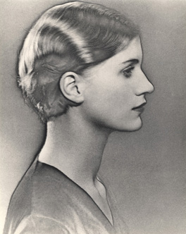 Solarised Portrait of Lee Miller by Man Ray, c.1929. The Penrose Collection © Man Ray Trust/ADAGP, Paris and DACS, London 2012, courtesy The Penrose Collection. Image courtesy the Lee Miller Archives